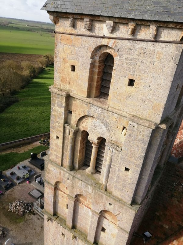 Modillons, clocher Vieux-Pont